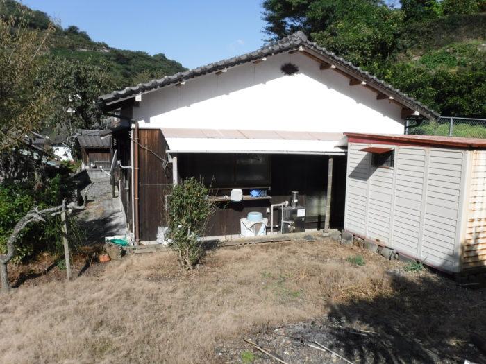西予市三瓶町皆江字ヤママエ1707番12